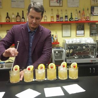 Barmenų šou,šampano piramidės,kokteilių vakarėliai,barmenai / Artūras Grigorjevas / Darbų pavyzdys ID 650475