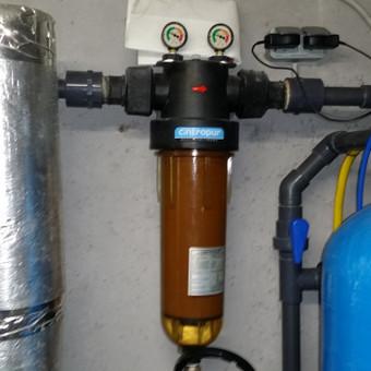 Didelio našumo mechaninis filtras montuojamas daugiabučiuose ir pramoniniuose objektuose. Didelis našumas ir mažos ekploatacinės išlaidos