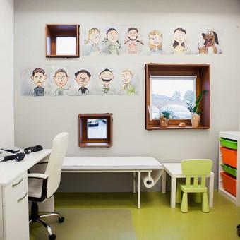 """Vaikų klinikos """"Pagalba mažyliui"""" interjeras"""