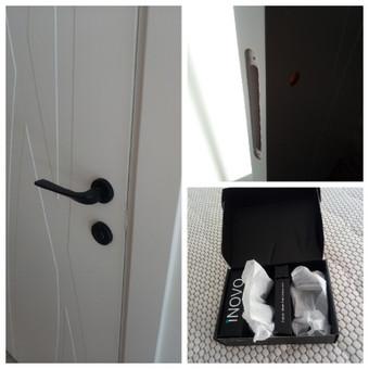 Rankenų sumontavimas/prisukimas į naujas duris.