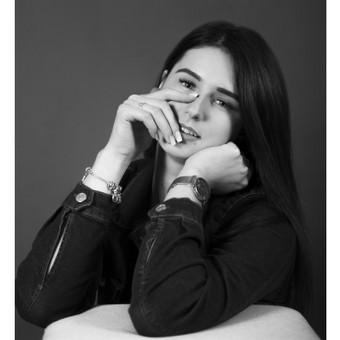 Portretinė fotosesija studijoje