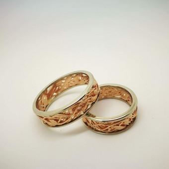 Raudono ir balto aukso ažūriniai žiedai.Gamybos kaina 450