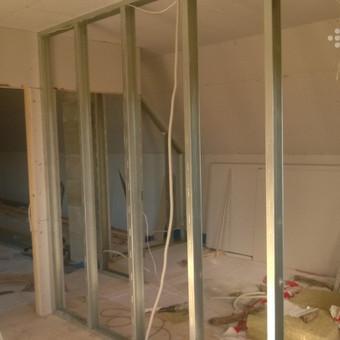 Vidines patalpų pertvaras padėsime išplanuoti ir sumontuosime pagal jūsų pageidavimus.