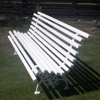 Standartiškai gaminamos su 11 medienos lentelių, bet dėl išlenktumo galimos papildomai dar 2 medienos lentelės.