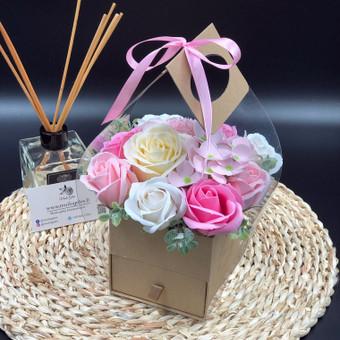 Muilo Gėlių kompozicijos Gėlės pagamintos iš muilo / Muilo Gėlės / Darbų pavyzdys ID 705275