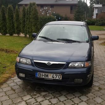Mazda iš priekio