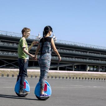 Run-Ride riedžių reklaminis klipas.