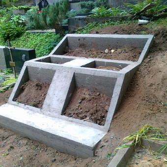 Pamatų liejimas kapinėse 865688083