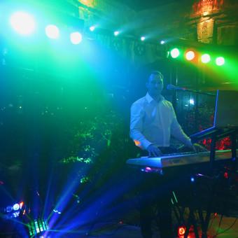 Muzikantas, dainininkas, grupė / Alex ir grupė / Darbų pavyzdys ID 104787