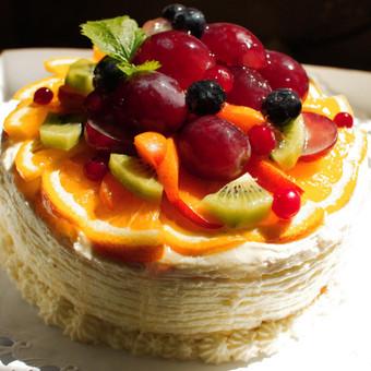 Vaisinis - zefyrinis tortas