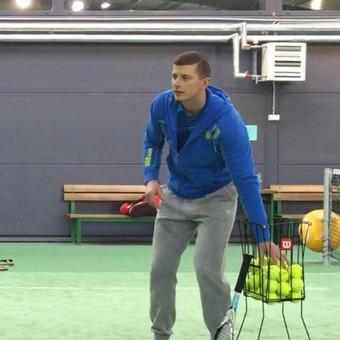 Teniso treniruotės Kaune vaikams ir suaugusiems