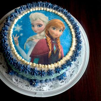 """""""Frozen"""" šviežių braškių pertepimas bei mascarponė + riešutų sviestas."""