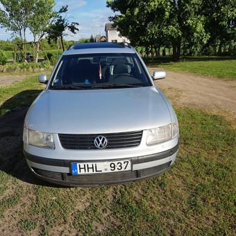 VW Passat  iš priekio