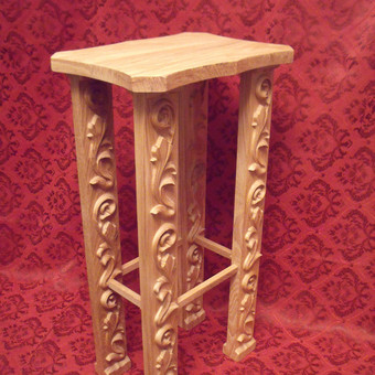 Ąžuolinis staliukas gėlėms. Parduota, bet galima pagaminti vėl... ;)