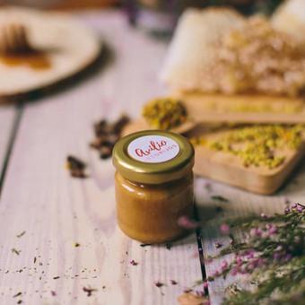 Mini medus šventėms. Svoris: 50 g | 35 ml. Kaina nuo 0,9 Eur