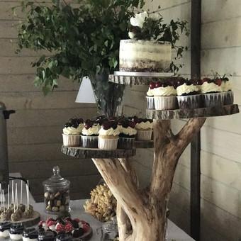 Torto ir keksiukų stovas