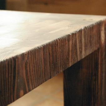 Kavos staliukas iš klijuoto galinio medžio