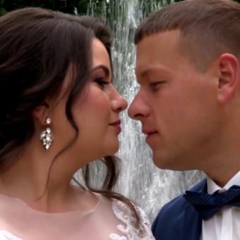 Nuoširdus jaudulys jaunųjų veiduose yra toks natūralus bei nuostabus dalykas per vestuves! Kai abiejų akys tiesiog spindi ir atrodo net jauti, kaip širdys plaka stipriau…