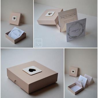 Kvietimas dėžutėje. Dydis - 90 x 90 x 40.
